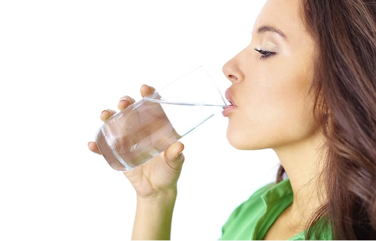 О воде для похудения: какую лучше пить, холодную или горячую, можно ли кипяченую